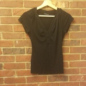 banana republic black v neck shirt